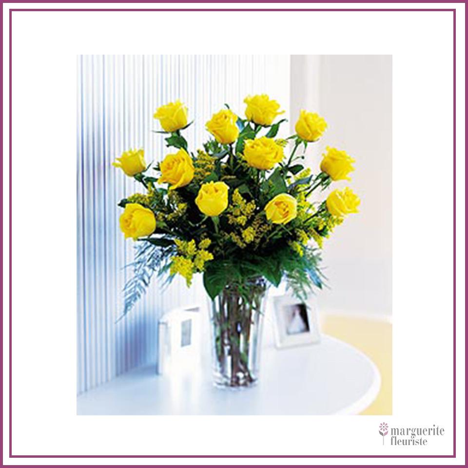 12 roses jaune avec solidago 85.00$
