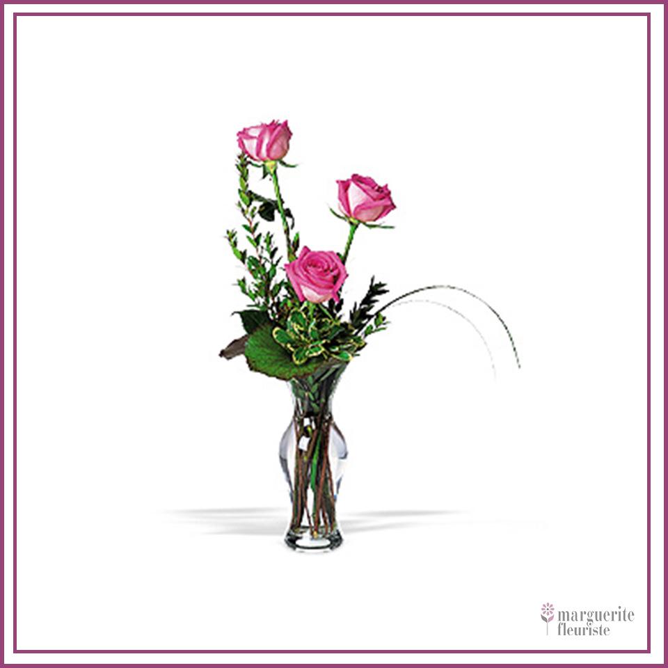 3 roses roses avec soupir de bébé 26.50$