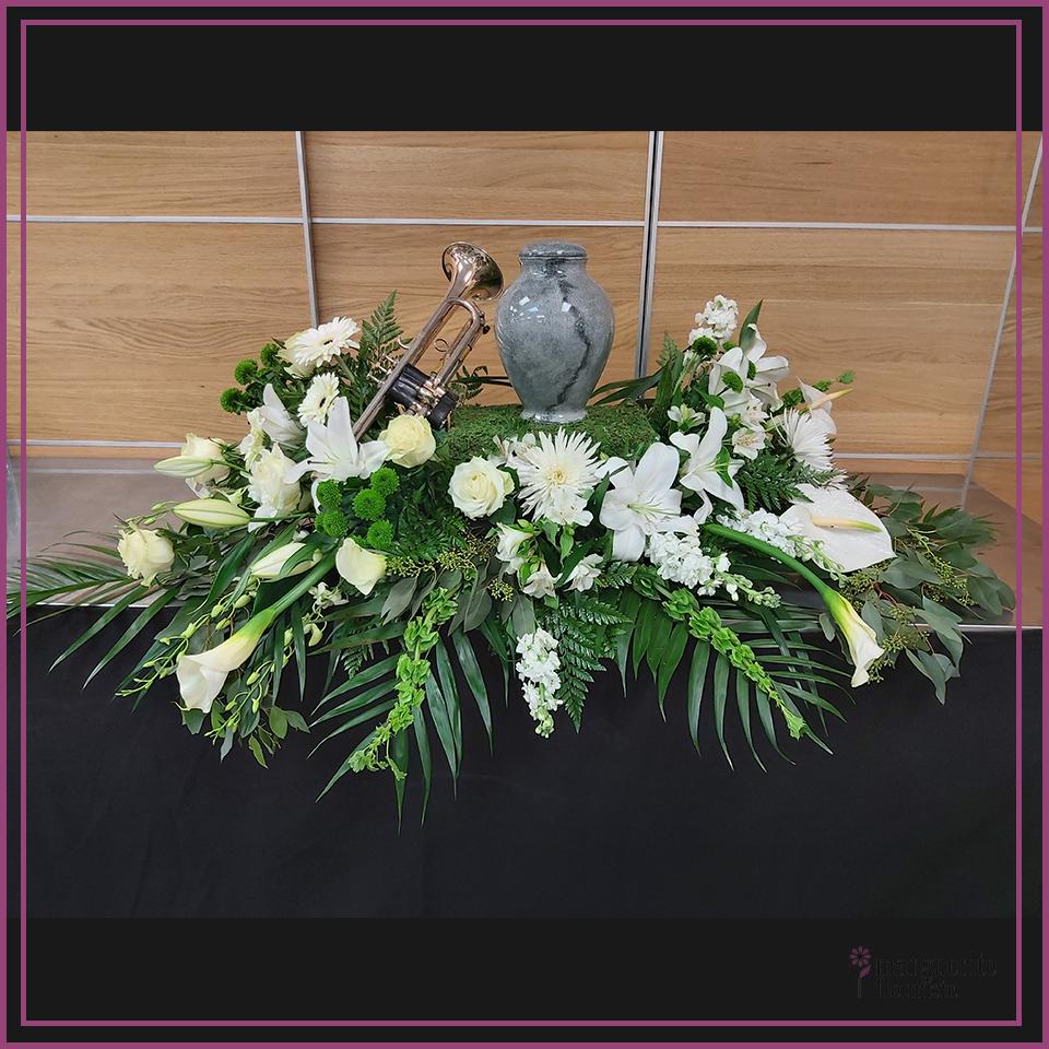 Coussin pour urne et photo blanche